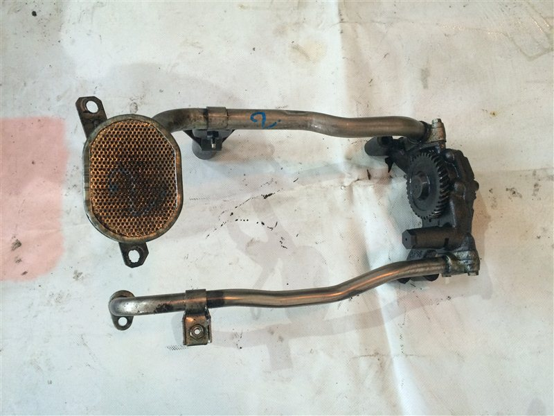 Масляный насос Mazda Titan WGLAD SL 1993