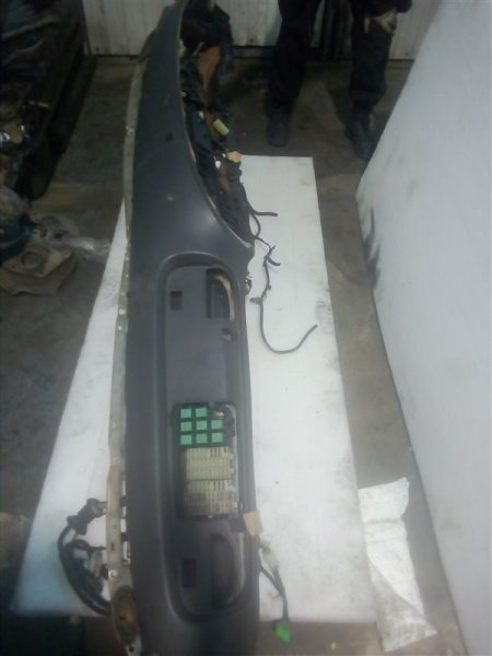 Торпедо Isuzu Forward FRR34L 6HK1 2004