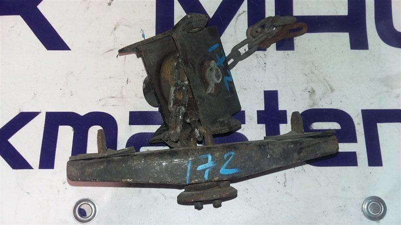 Крепление запасного колеса Isuzu Forward FRR90 4HK1 2011