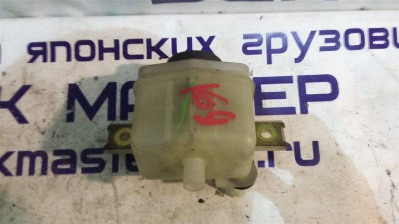 Бачок для тормозной жидкости Isuzu Forward FRR34 6HK1 2004