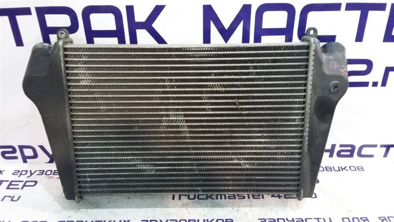 Радиатор интеркулера Isuzu Forward FRR90 4HK1 2011