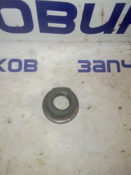 Гайка шкива коленвала Mitsubishi Canter FE516B 4D36 1997