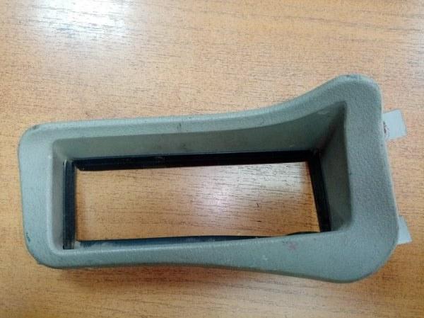 Пластик панели кабины Mitsubishi Fuso FK618EZ 6D17 1995