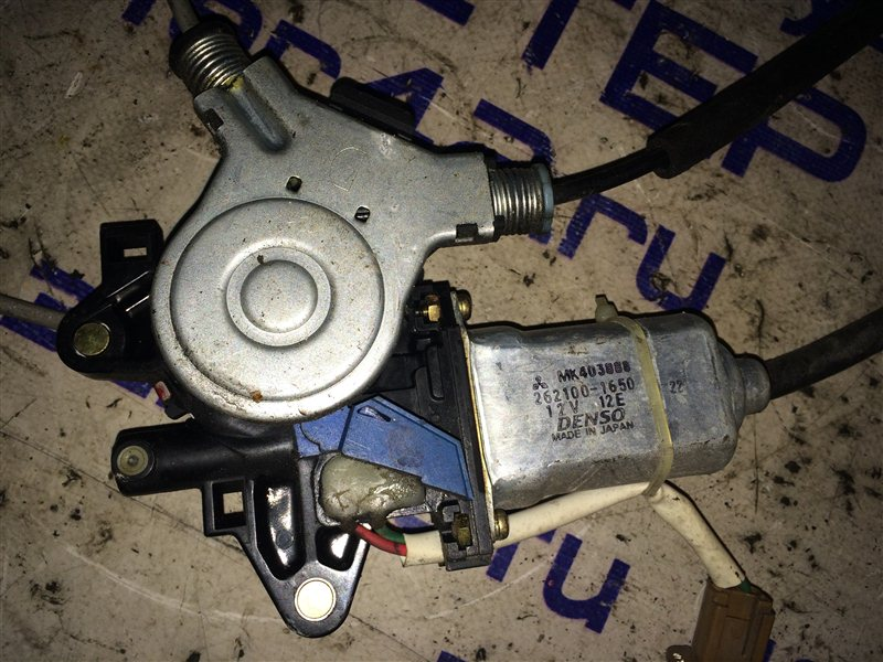 Мотор стеклоподъемника Mitsubishi Canter FB70ABX 4M40 2004 правый