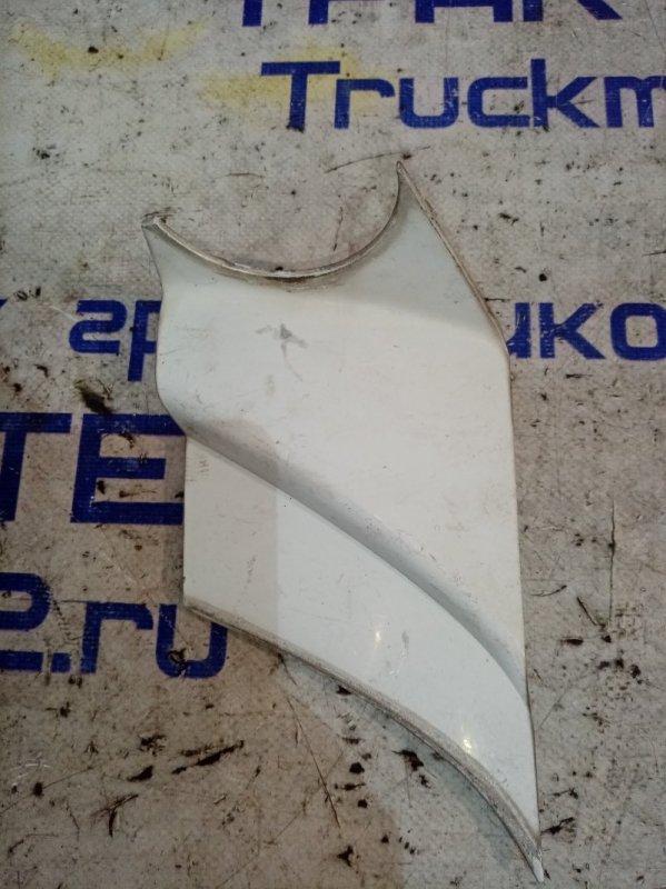 Накладка на стойку зеркала Isuzu Elf NPR85 4JJ1 2008 передняя правая