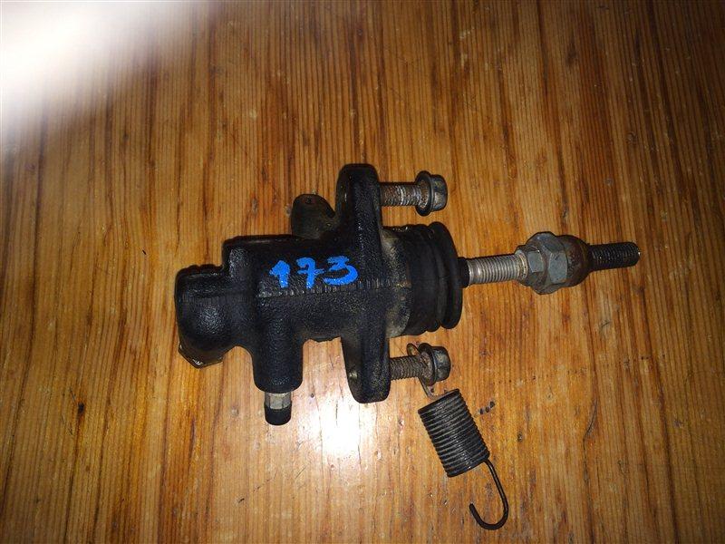 Рабочий цилиндр сцепления Isuzu Elf NPR85 4JJ1 2008
