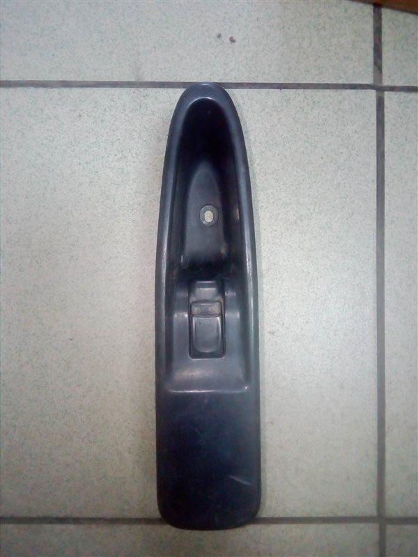 Кнопка стеклоподьемника Isuzu Forward FRR35L4S 6HL1 2003 левая