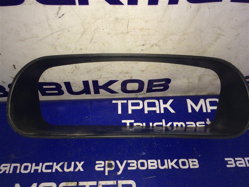 Консоль панели приборов Mitsubishi Fuso FK61FK 6M60T 2000
