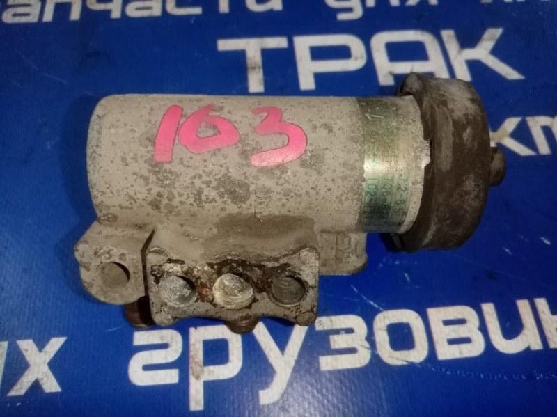Регулятор давления воздуха Nissan Diesel MK211 FE6 1995