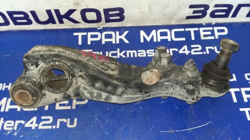 Рычаг подвески Isuzu Elf NKR66E 4HF1 1993 левый нижний