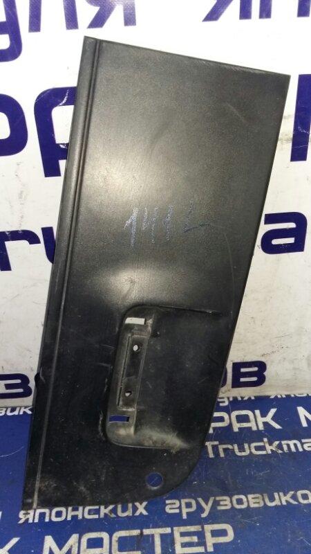 Накладка на дверь Isuzu Forward FRR35L4S 6HL1 2003 левая