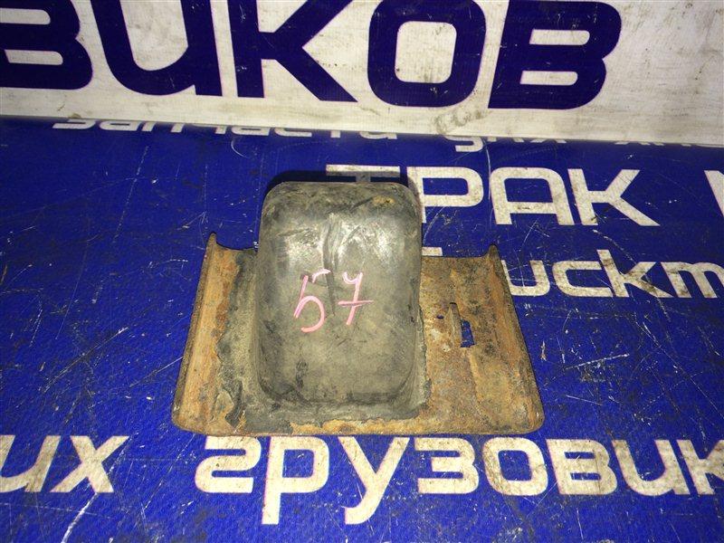 Отбойник рессоры Toyota Dyna BU102 15B 1996 задний