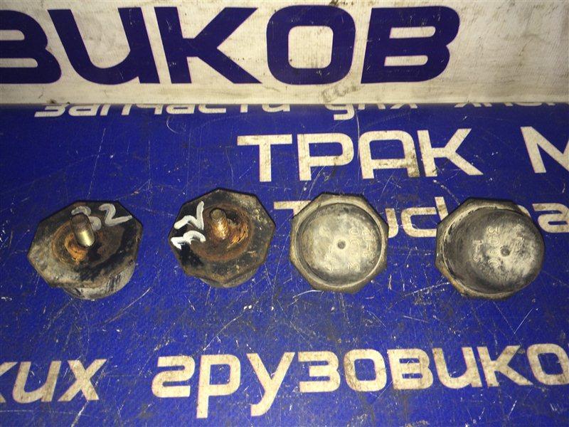 Отбойник нижнего рычага Toyota Toyoace XZU307 S05C 2001