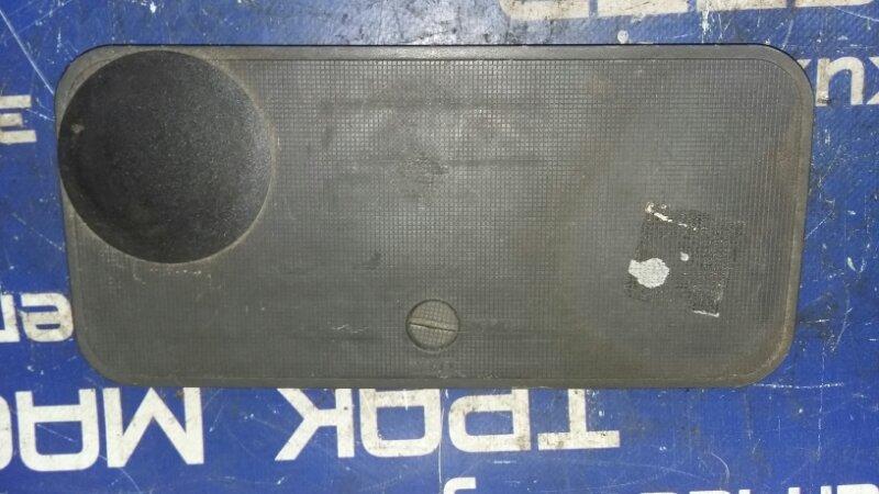 Пластик панели кабины Isuzu Elf NKR71L 4HG1 2000