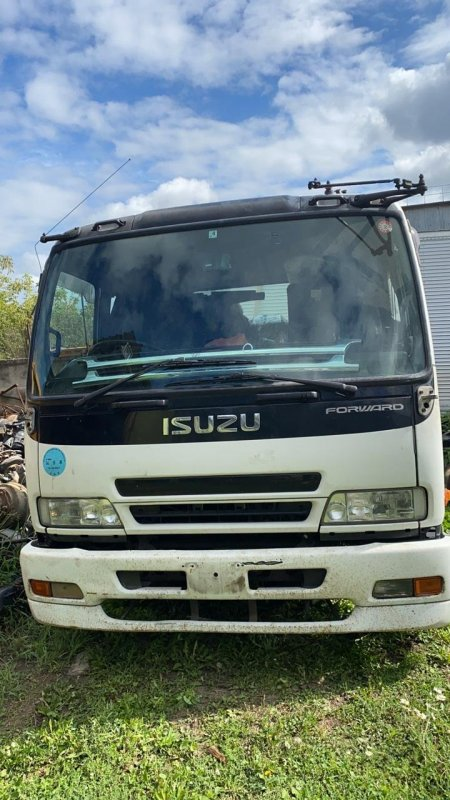 Кабина Isuzu Forward FRR34L 6HK1 2006