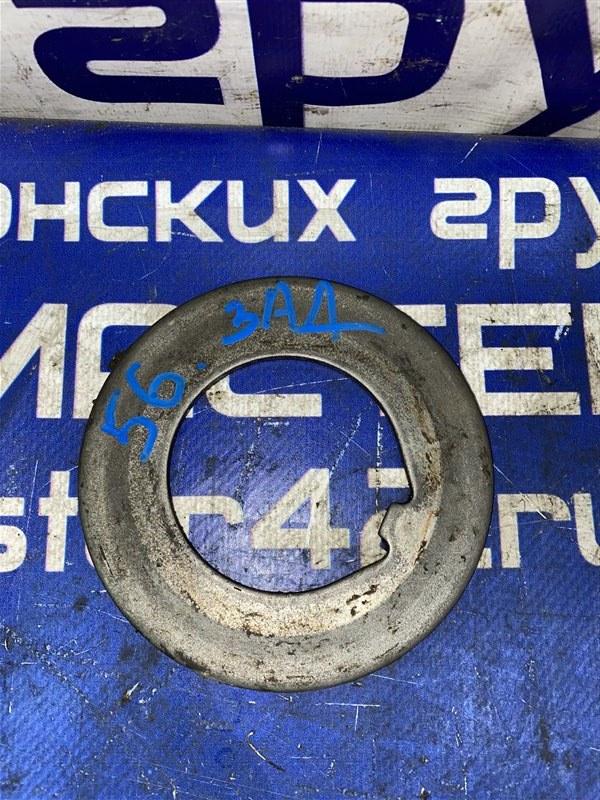 Шайба ступицы Nissan Diesel MK211H FE6 1997 задняя