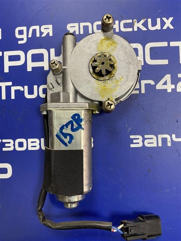 Мотор стеклоподъемника Isuzu Elf NKR81L 4HF1 2002 передний правый