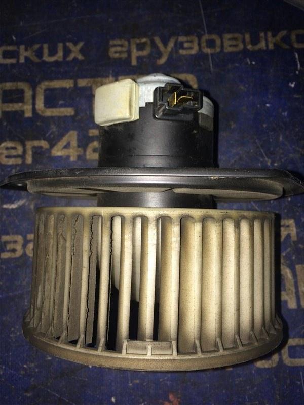 Мотор печки Mitsubishi Fuso FK64FK 6M60 2004