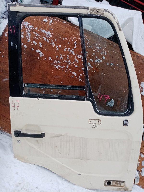 Дверь Nissan Diesel MK21A FE6 2004 передняя правая