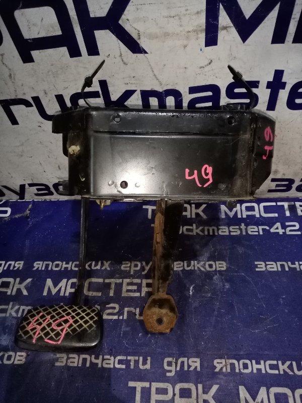 Механизм педали сцепления Isuzu Forward FRR13JB 6SA1 1992