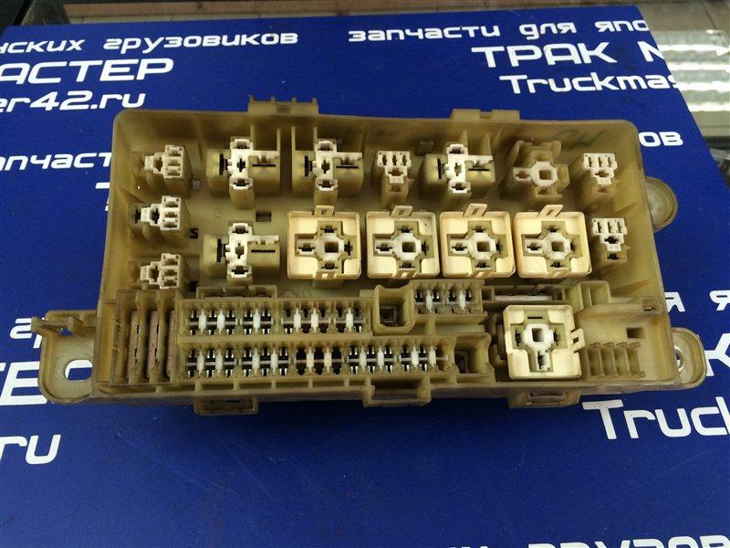Блок предохранителей Hino Dutro XZU433M J05D 2006