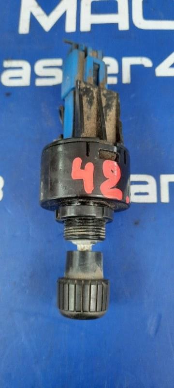 Ручной газ Hino Dutro XZU433M J05D 2006