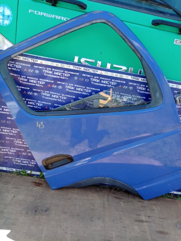 Дверь Mitsubishi Canter FE82DE 4M50 2006 передняя правая