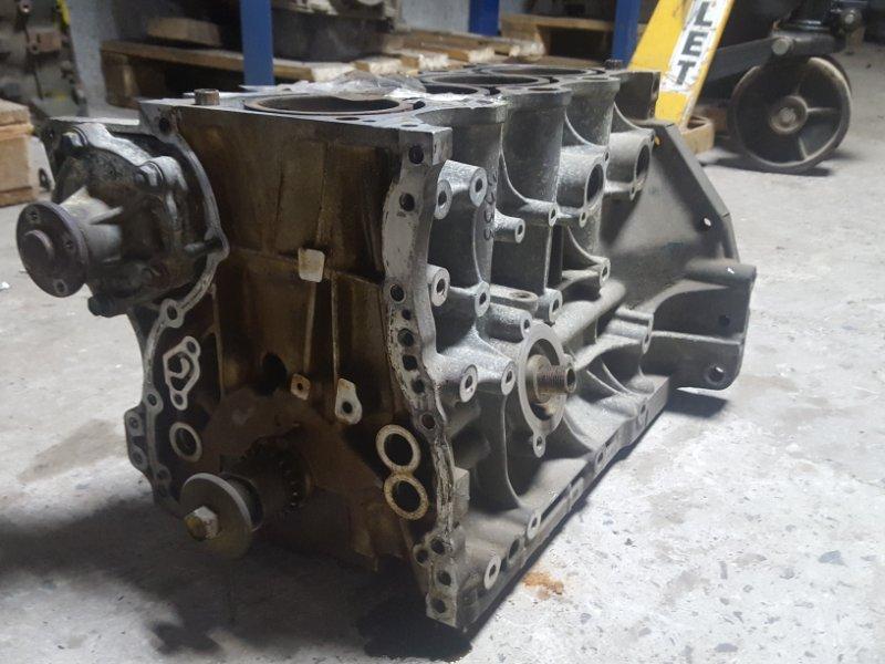 Блок двигателя двс в сборе Suzuki Swift M13A