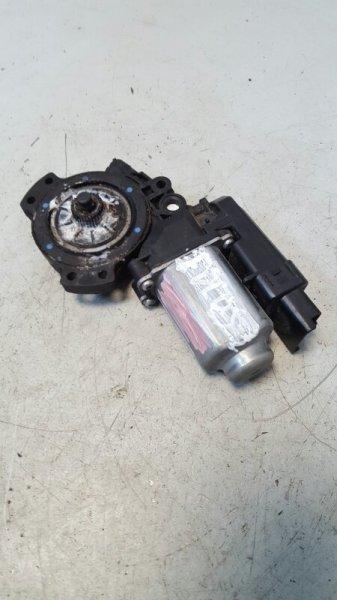Моторчик стеклоподъемника Hyundai Santa Fe правый
