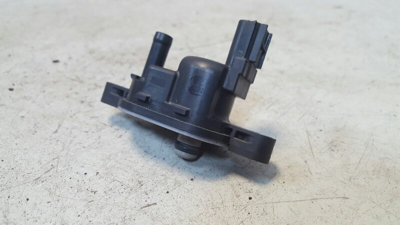 Электромагнитный клапан вентиляции топливного бака Honda Cr-V R20A