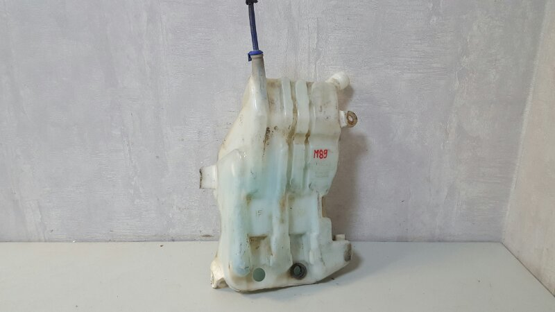 Бачок омывателя Toyota Rav 4 A10 3S-FE 1998г