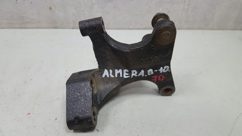 Кронштейн Nissan Almera Classic B10 QG16DE 2008 правый