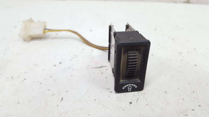 Кнопка регулировки освещения Volvo 440 B18KP 1988