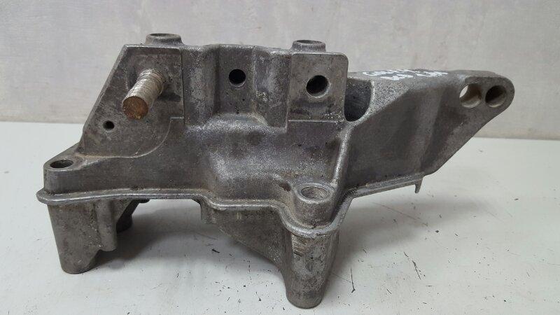 Кронштейн двигателя двс опоры Volkswagen Golf 4 BCB 1 правый