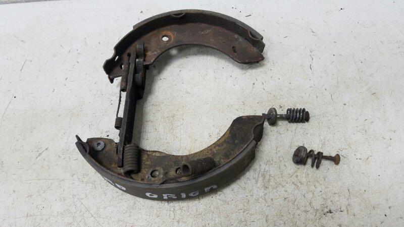 Механизм развода колодок ручника Ford Escort 4 1.3Л 1983 задний правый