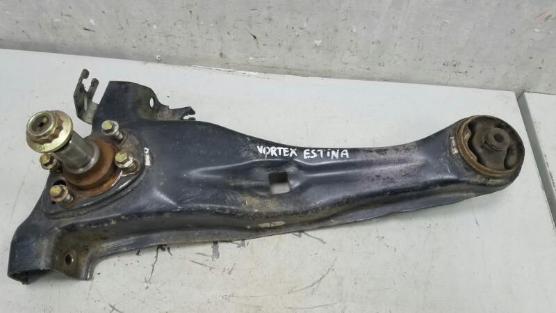 Поворотный кулак Vortex Estina A21 2010 задний правый