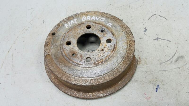 Тормозной барабан Fiat Bravo 188A5.000 1998 задний правый