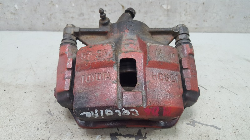 Тормозной суппорт Toyota Caldina T210 3S-FE 2001 правый