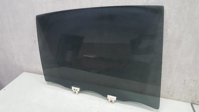 Стекло двери Nissan Skyline V35 VQ25DD 2005 заднее правое