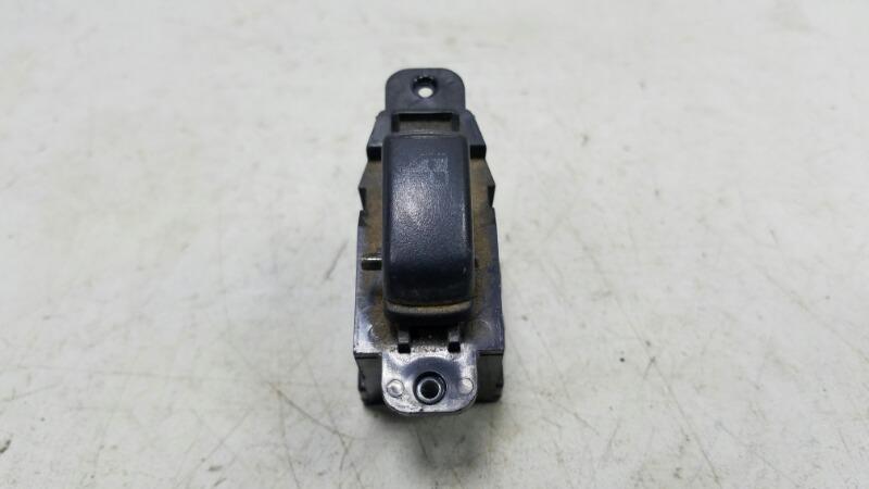 Кнопка стеклоподъемника Hyundai Sonata 3 EF G4JP 2000 задняя левая