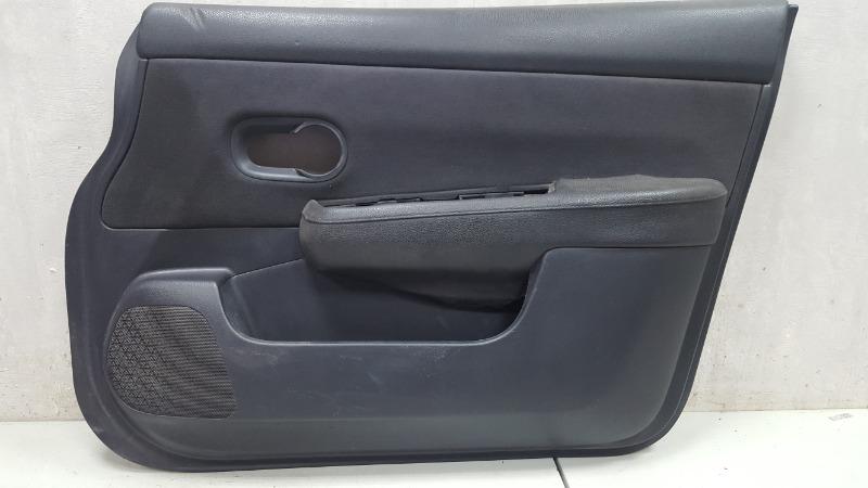 Обшивка карта двери Nissan Tiida C11X HR16DE 2008 передняя правая