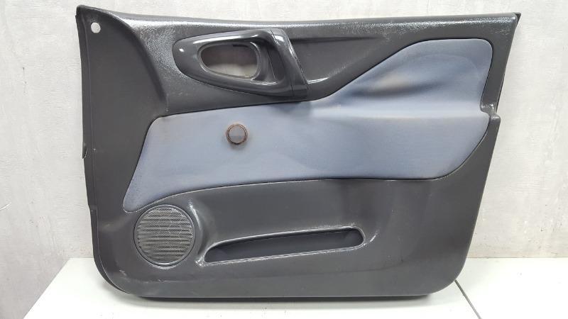 Обшивка карта двери Mitsubishi Space Star 4G13 1999 передняя правая