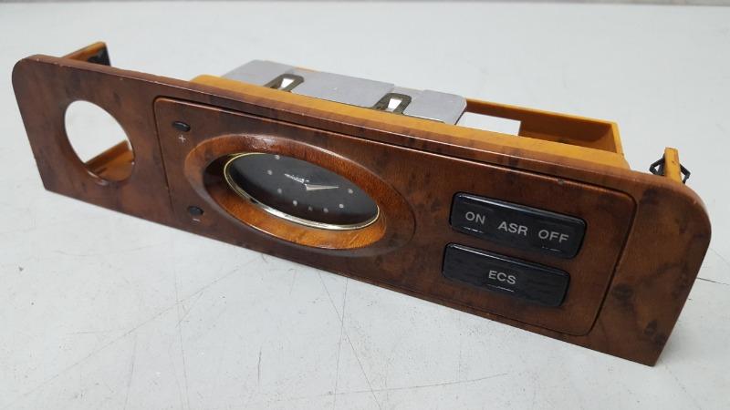 Часы Ssangyong Chairman HT M104.992 1997
