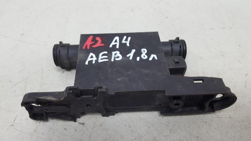 Реле обогрева личинки замка Audi A4 B5 AEB 1998