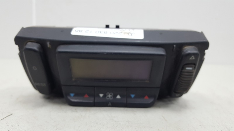 Блок управления климатом печкой отопителем Mercedes S600 W220 M275.950 2002