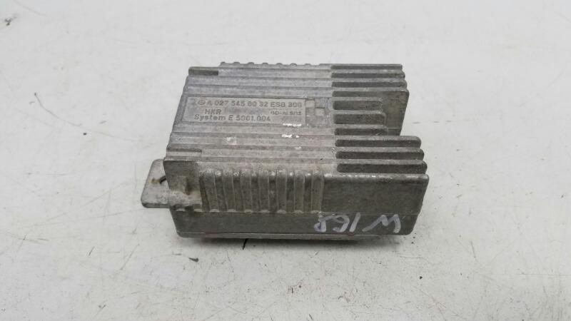 Блок управления вентилятором Mercedes A190 W168 M166.990 2001
