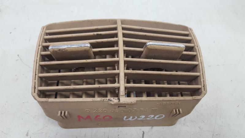 Дефлектор воздушный Mercedes S600 W220 M275.950 2002