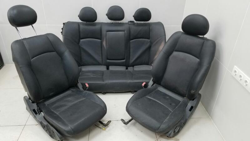 Комплект сидений Mercedes C320 W203 M112.946 2000г