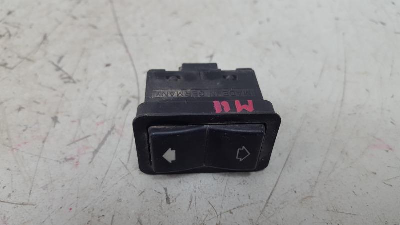Кнопка стеклоподъемника Bmw 750 I Il E38 M73 1997
