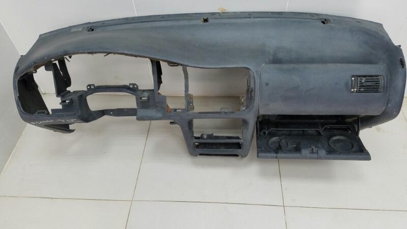 Торпеда панель Ford Escort 7 CVH 1996
